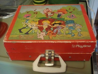 vintage-1982-strawberry-shortcake_1_c4a7e1bafe7191ee86c9a16d21d9ae85